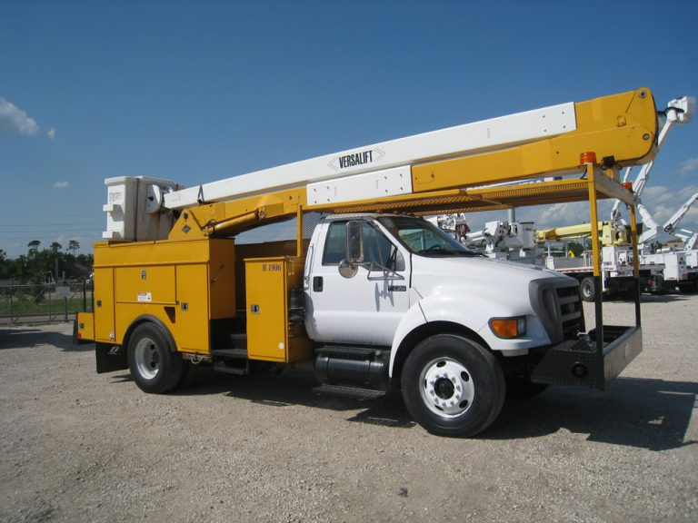 Versalift VN 50 Bucket Truck for Sale
