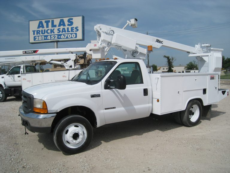 Altec Bucket Truck for Sale.
