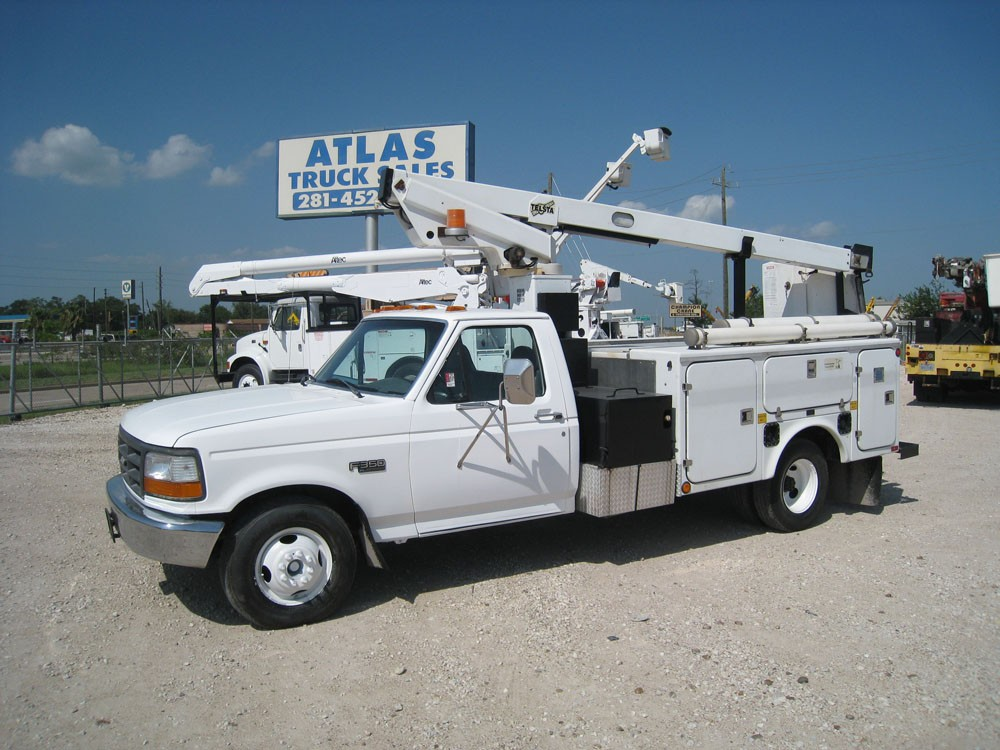 Bucket Trucks for Sale!