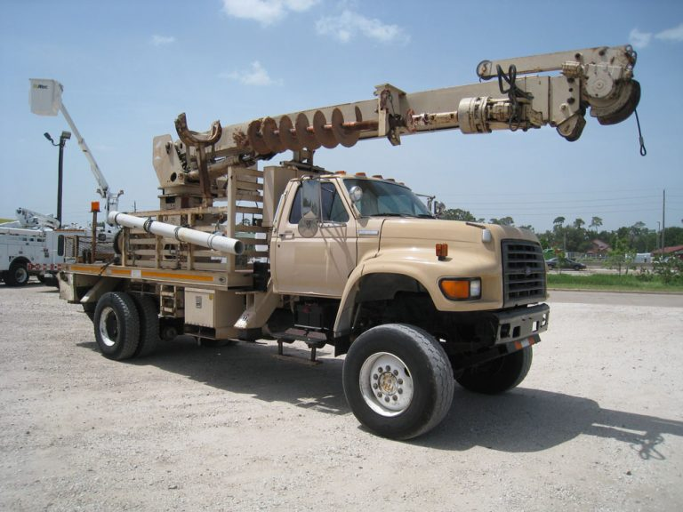 Ford Telelect Digger Truck