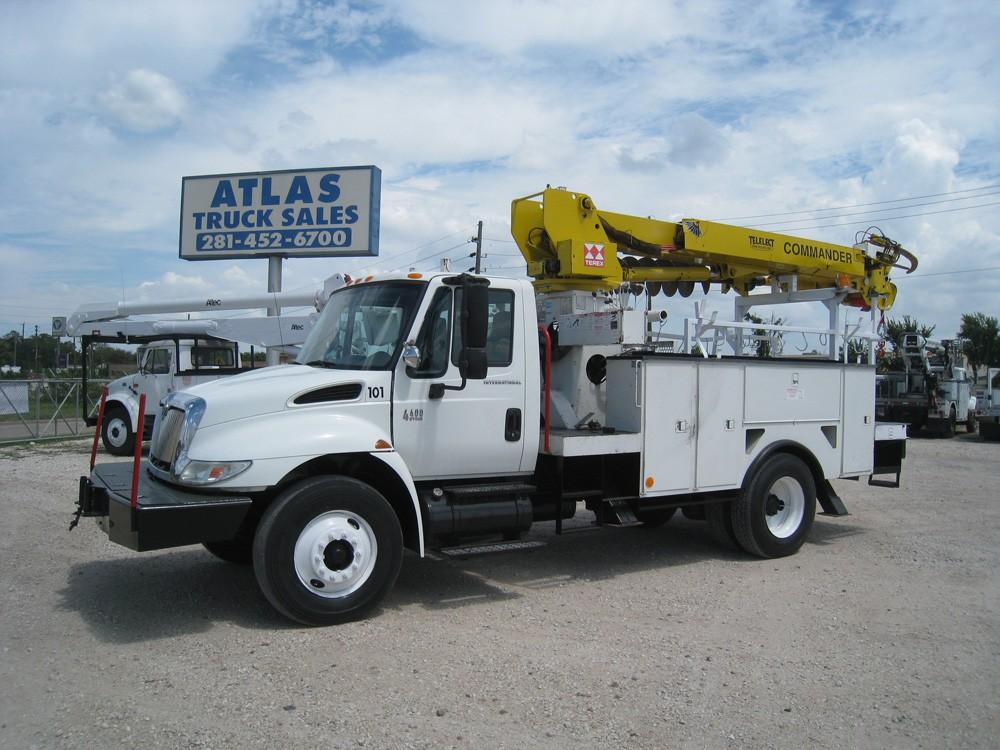 Terex Digger Truck