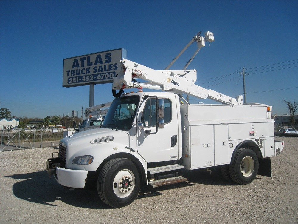 Freightliner Bucket Trucks for sale.