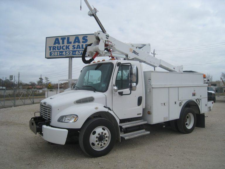 Freightliner Bucket Truck