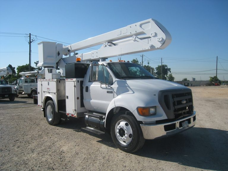 Ford VersaLift Bucket Trucks.