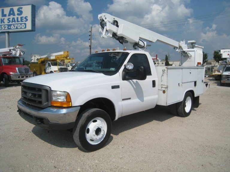 Altec Ford Bucket Truck