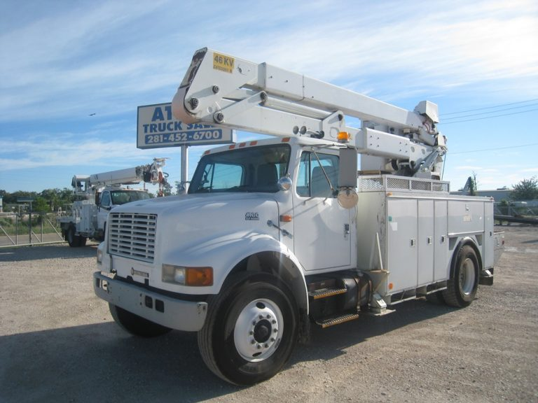 1999 International Bucket Truck.
