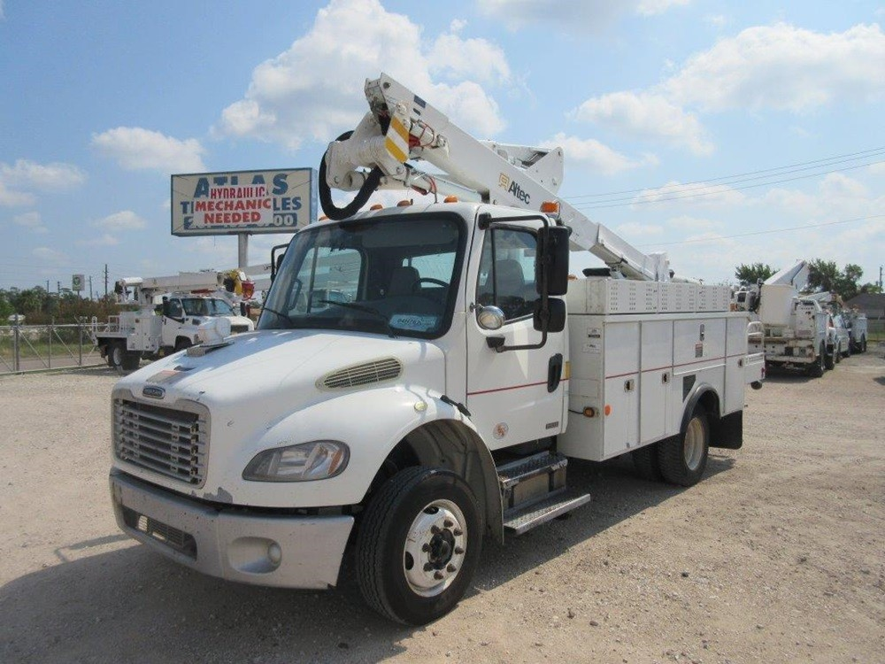 Altec buckettruck.