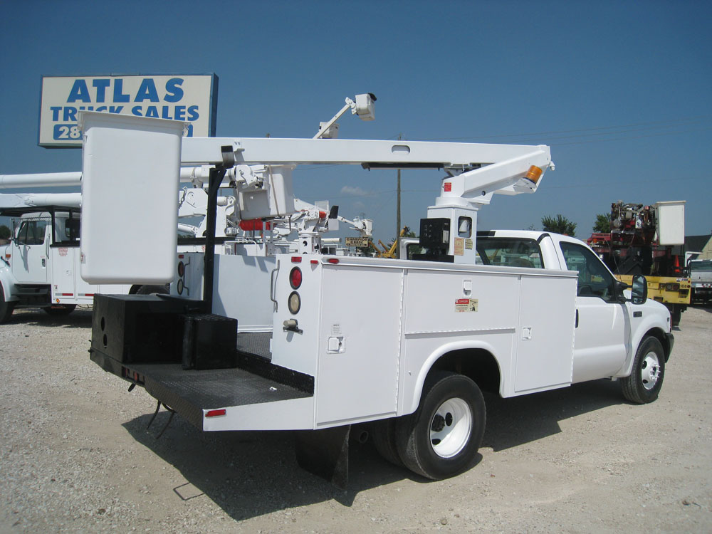 Bucket Truck # B7356 | Atlas Truck Sales, Inc