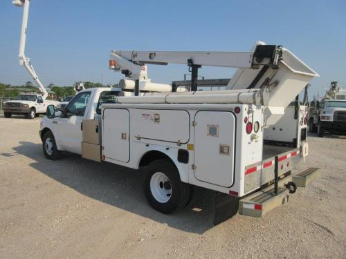 Ford Bucket Trucks