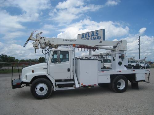 Terex Commander DIgger Truck.