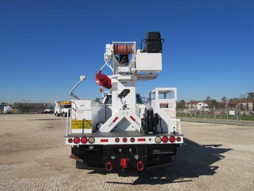 Digger truck heel winch