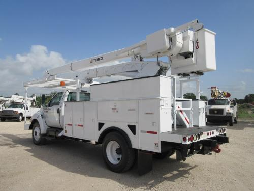 Hi-Ranger Bucket Trucks