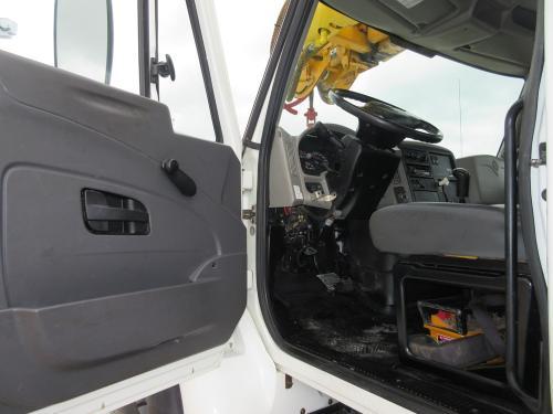 International digger truck.