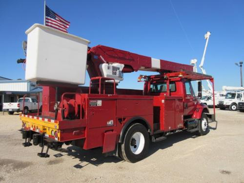 Two man bucket Bucket Truck.