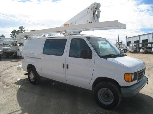 Altec Bucket Van