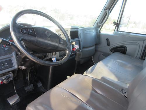 International 7400 Digger Truck.