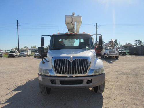 International Bucket Truck
