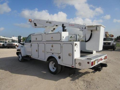 Duralift Bucket Truck