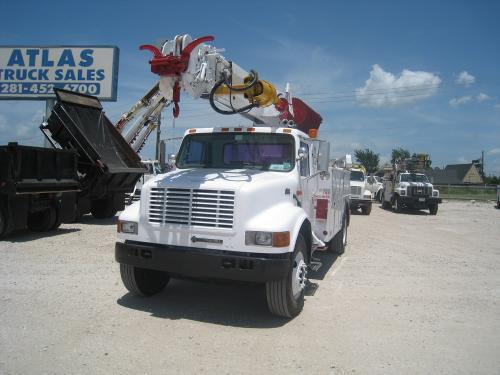 Digger/Auger Truck